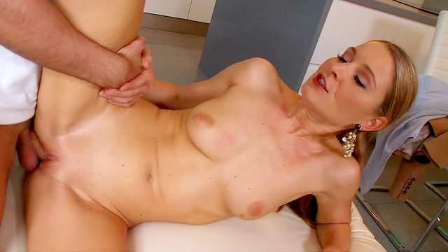 Blonde love to swallow sperm of her boyfriend