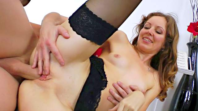 Brunette whore wearing black stockings gets lrammed