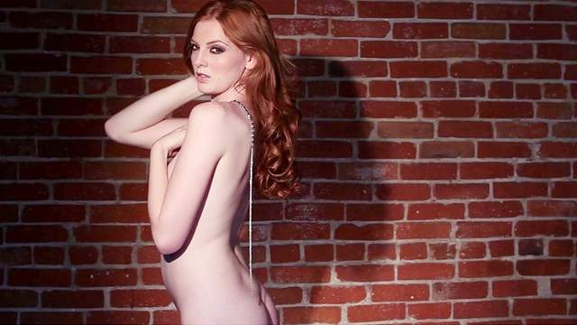 Elizabeth Marxs poses naked in close-up video