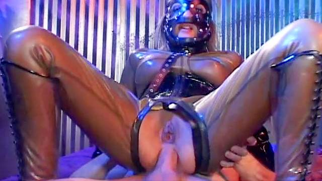 Anal, Couple, Crotchless, Cum in mouth, Cum swallow, Fetish, Hardcore, Latex, Mask, Shaved pussy