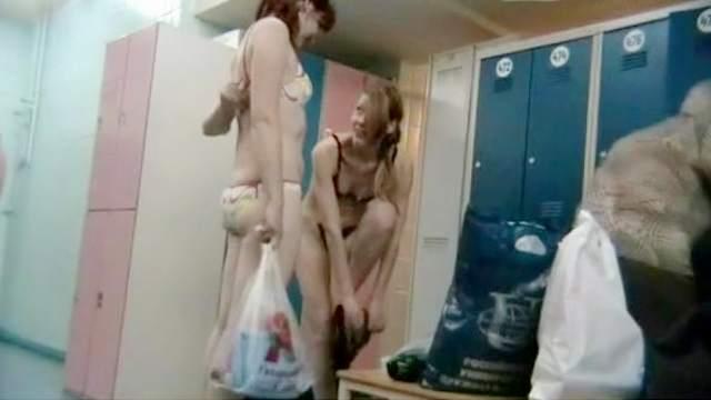 Sweet voyeur scene with naked fat chicks