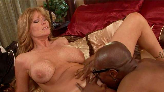 Darla Crane, Sean Michaels