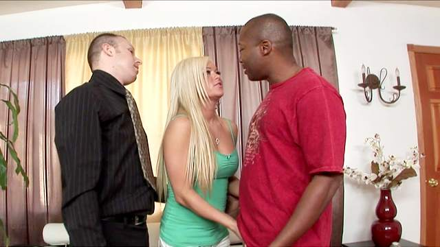 Crista Moore, Billy Banks