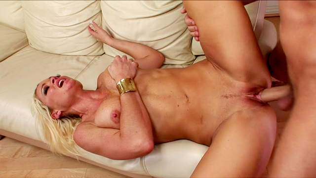 Chris Johnnson fucks with blonde Rhylee Richards