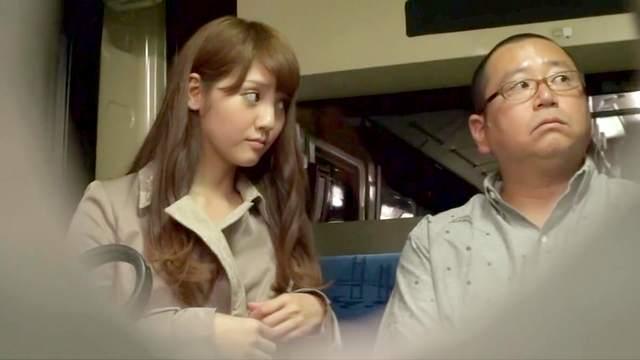 Asian, Bus, Facial, Hidden cam, Japanese, Public, Voyeur