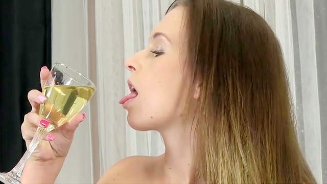 Nasty solo with a pissy slut