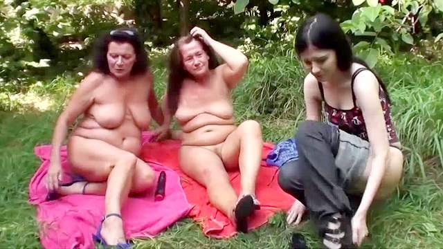 Sarah Dark, Gusti Tschopp, Zolitaire