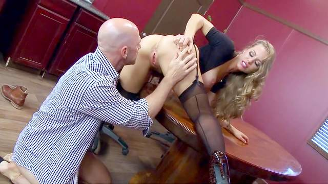 Nicole Aniston, Johnny Sins
