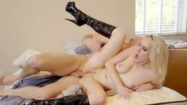 Cadence Lux severe fuck with a muscular man