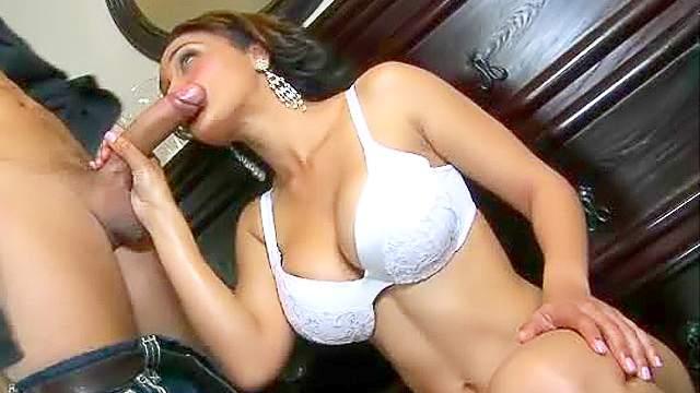 Horny ethnic slut with fake tits laid