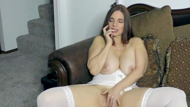 Insolent with big tits, smashing solo home