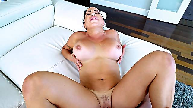 Nude beauty stops cleaning for a big dose of cock