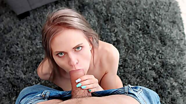 Deep vaginal ends with the broad swallowing big time