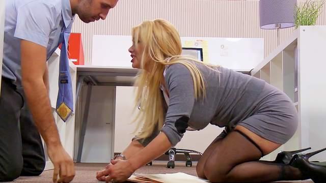 Big boobs office girl Shyla Stylez fucked