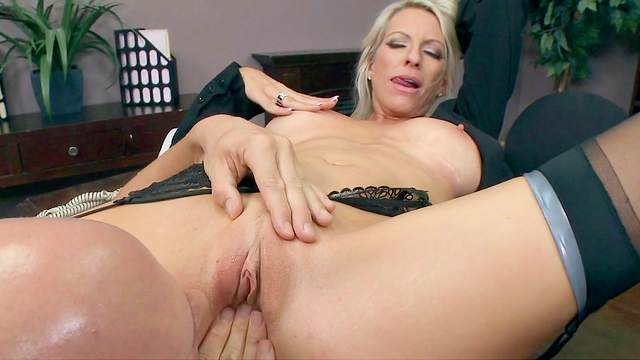 Emma Starr, Johnny Sins
