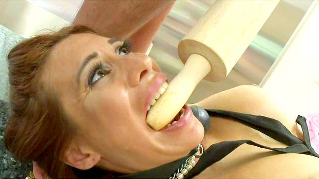 Sheila Marie is getting drilled in hardcore style