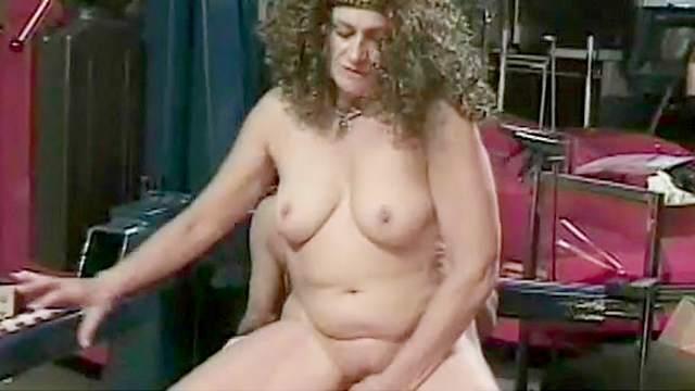 Dino Bravo penetrated curly mature Sandra Bernhart